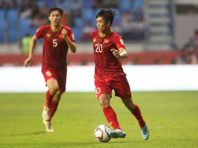 Trực tiếp ĐT Việt Nam về nước: Háo hức đón người hùng Asian Cup trở về