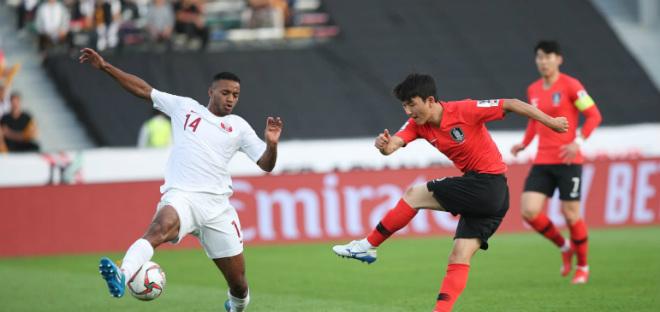 """Asian Cup Hàn Quốc - Qatar: Choáng váng tuyệt phẩm sút xa, """"Hổ Đông Á"""" sa chân - 1"""