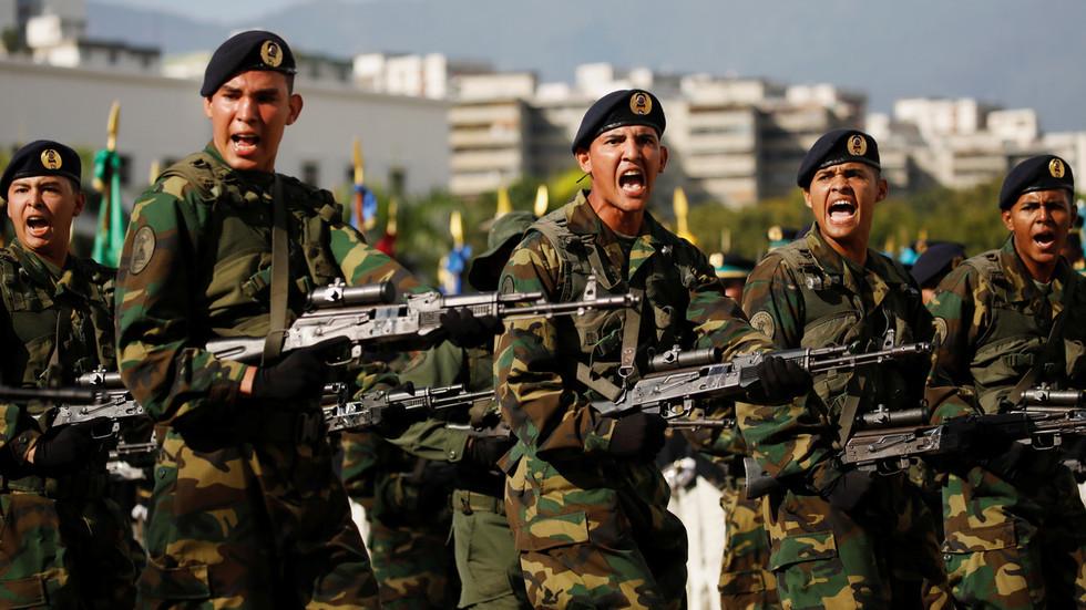 Đội quân 50 vạn người quyết bảo vệ Tổng thống Veneuzela đến cùng - 1