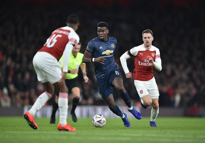 Paul Pogba sublimation with MU - Solskjaer: What's missing to become Paul Scholes 2.0? - 1