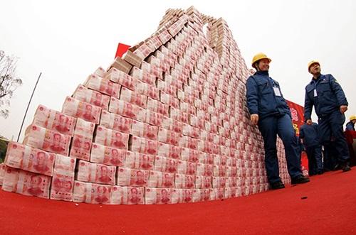 Công ty Trung Quốc dựng cả tháp tiền thưởng Tết nhân viên - 2