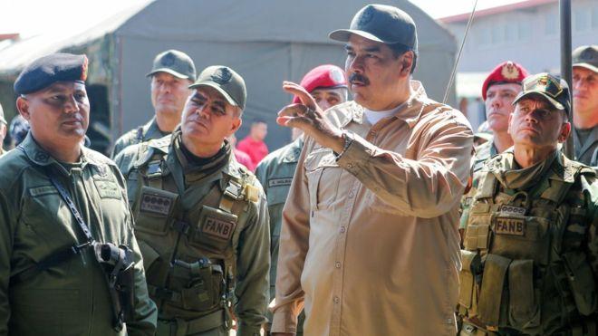 Vì sao quân đội Venezuela tiếp tục ủng hộ ông Maduro? - 1