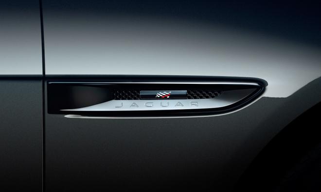 Sedan hạng sang Jaguar XF thêm phiên bản thể thao Chequered Flag Edition - 2