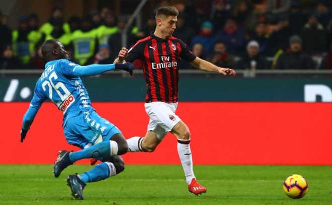 """AC Milan - Napoli: """"Lewandowski mới"""" rực rỡ cú đúp - 1"""