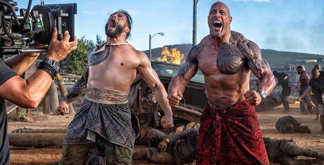 Nam diễn viên The Rock Dwayne Johnson có chiều cao 1m93 và cân nặng 122 kg.