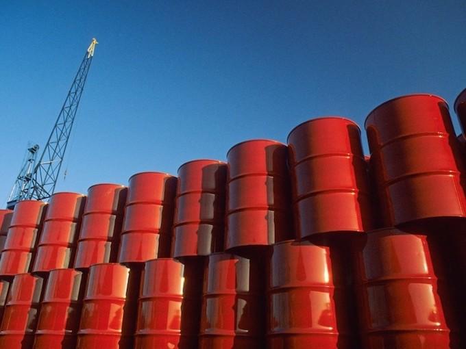 """Giá xăng dầu năm 2019: Có nối dài chuỗi ngày vào cây xăng, hô """"đầy bình""""? - 1"""