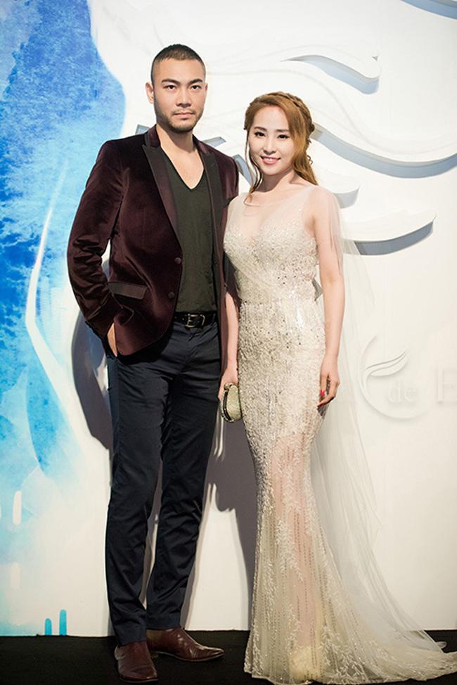 Người mẫu Doãn Tuấn kết hôn với Quỳnh Nga năm 2014. Đám cưới của hai người mời 400 khách tới dự.