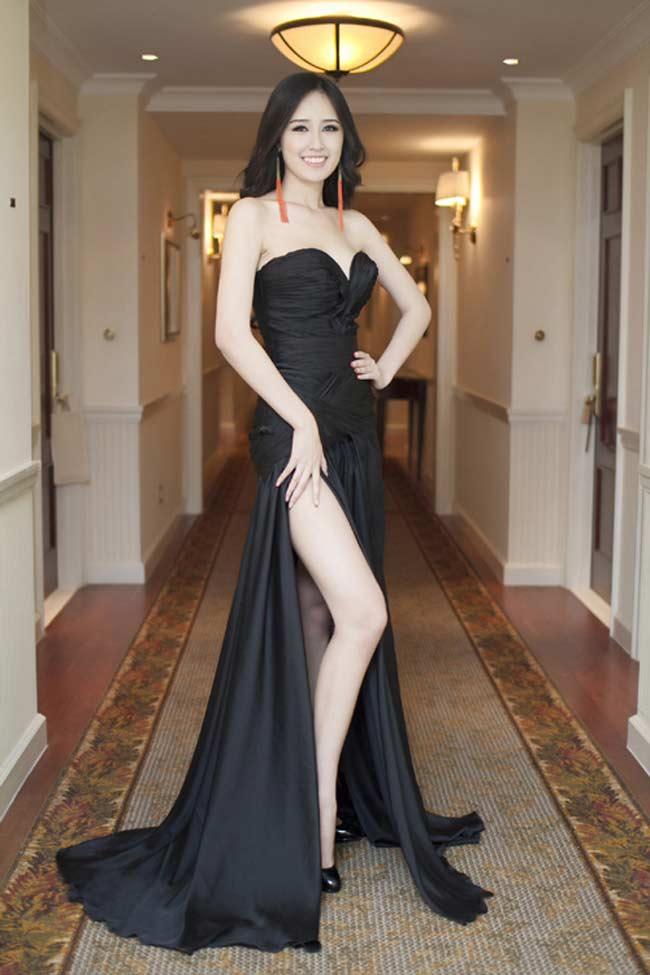 """Mai Phương Thúy tiết lộ mẫu váy """"gây sát thương đàn ông"""" của mình - 1"""