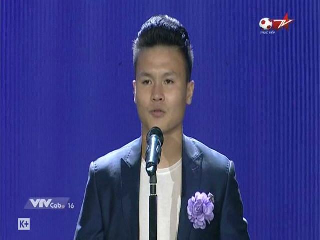 Cúp Chiến thắng 2018: ĐT Việt Nam ẵm mưa giải thưởng, ngỡ ngàng Văn Hậu