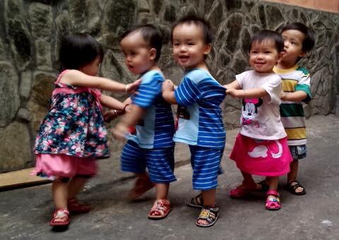 Ca sinh 5 đầu tiên ở Việt Nam bây giờ ra sao? - 3