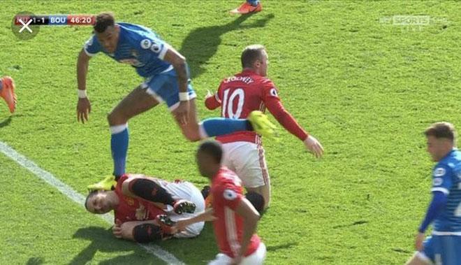 Bóng đá Anh nổi bão: Hậu vệ từng đạp Ibrahimovic lại gây họa đáng sợ - 1