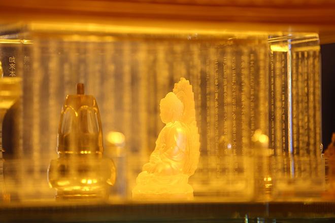 Tết này, Phật tử bốn phương hoan hỉ du xuân chiêm bái xá lợi Phật tại đỉnh Fansipan - 1
