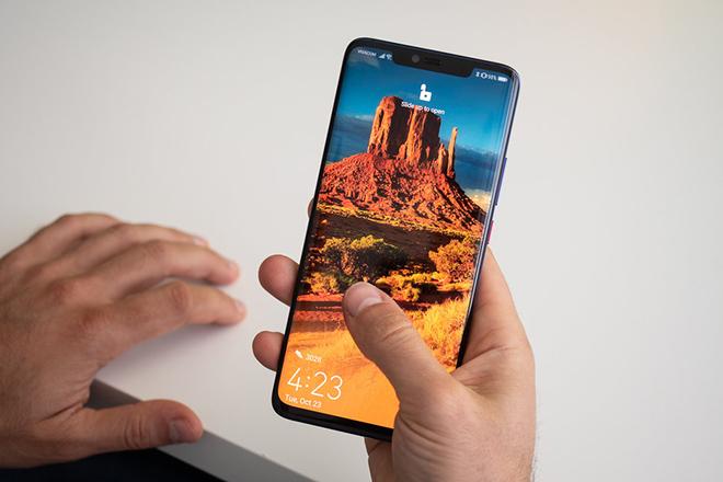 5 ưu điểm và nhược điểm bạn sẽ phải gặp với Huawei Mate 20 Pro - 1