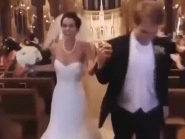 Những sự cố hài hước của các cặp vợ chồng xảy ra trong ngày cưới