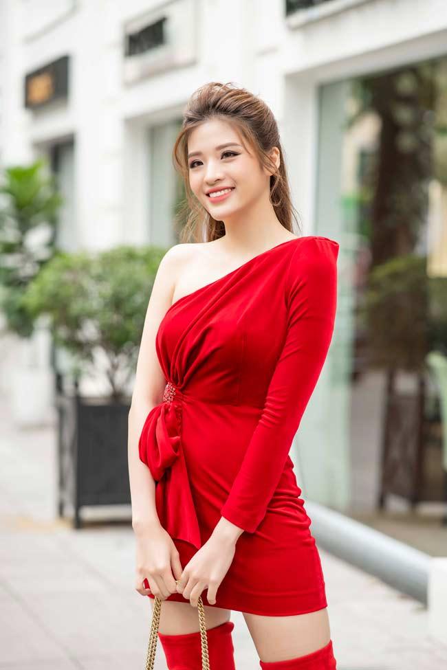 Hoa hậu Đông Nam Á chia sẻ bí quyết mặc đẹp ngày xuân - 1
