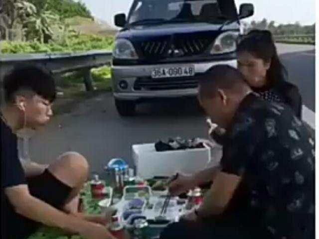 Người livestream cảnh gia đình ăn nhậu trên cao tốc Nội Bài - Lào Cai nói gì?