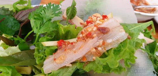 Ăn Tết với gỏi cá Nam Ô - 6