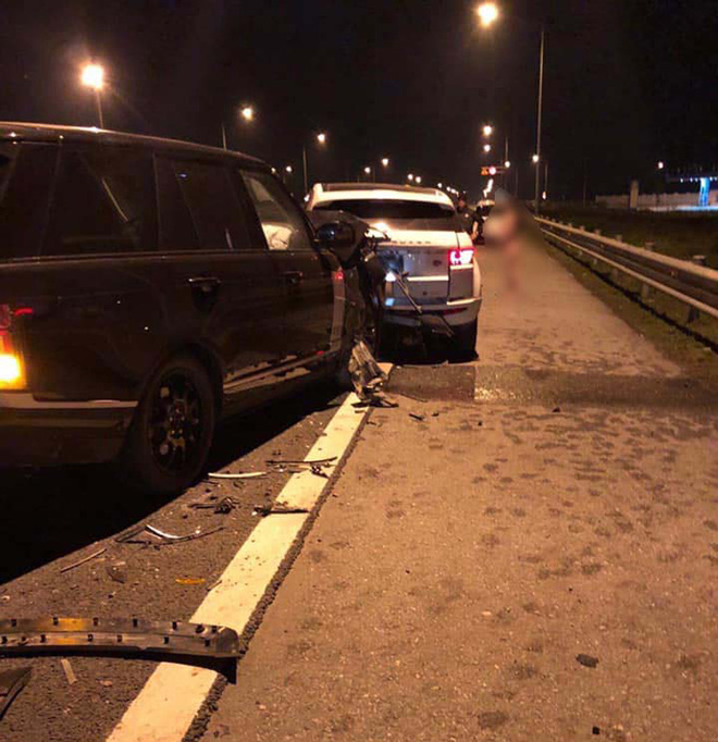 Example 2 of Range Rover collides on motorways: What do internalists mean? - 1