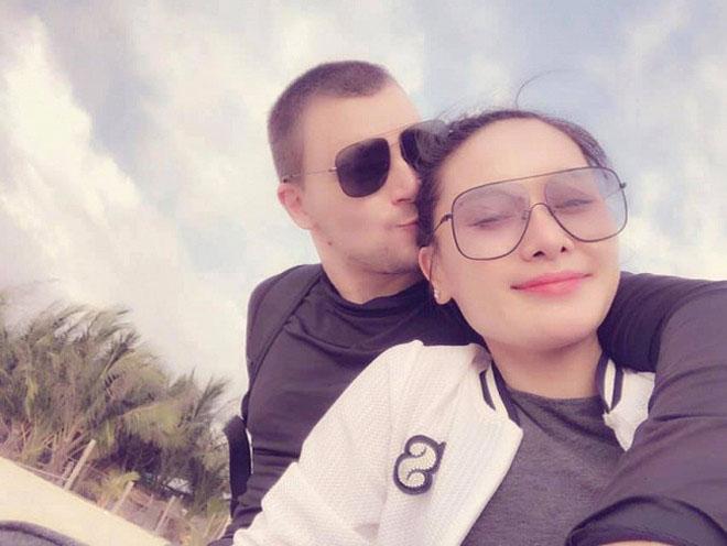 """24h HOT: Nhã Phương lộ diện sau 1 tháng bí mật sinh con, Trường Giang tỏ thái độ """"lạ"""" - 1"""