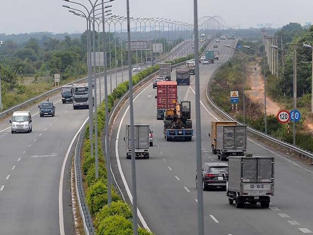 VEC cho rằng chưa ra quyết định cấm vĩnh viễn hai phương tiện