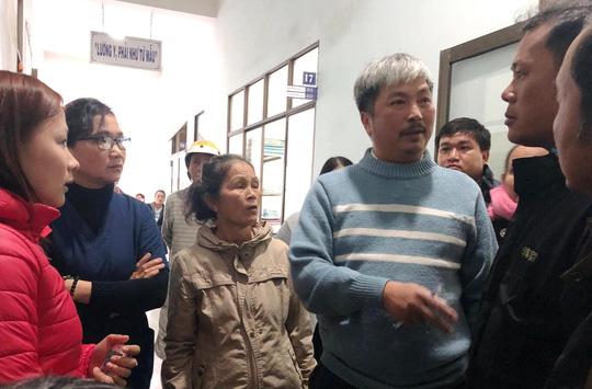 """Quảng Ngãi giải thích vụ """"náo loạn"""" khi sáp nhập bệnh viện - 1"""