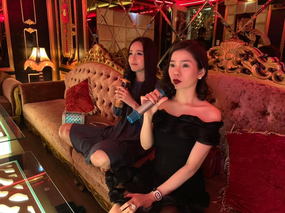 Lý do Lệ Quyên ngồi hát karaoke với Mai Phương Thúy, lại sợ Vy Oanh kiện - 1