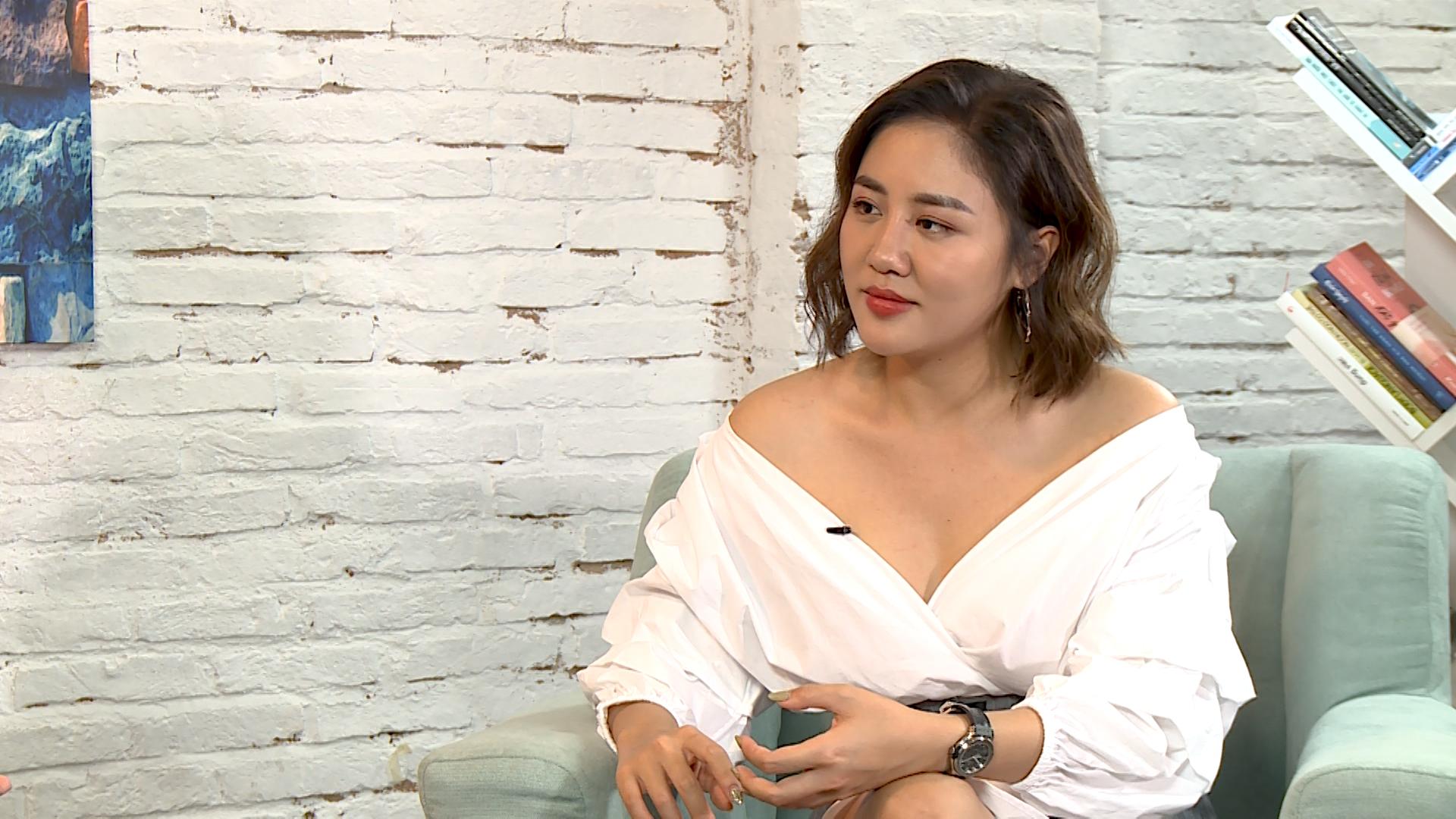 Văn Mai Hương tiết lộ chuyện nghe lời bố, quyết định chia tay tình cũ - 1