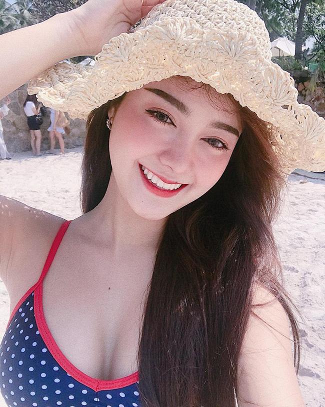 Từ khi còn là nữ sinh trung học, Pornsawan Phusua đã được cộng đồng mạng Việt biết đến.