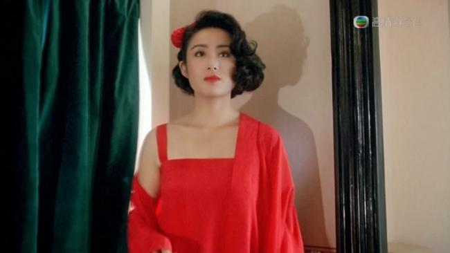 """Cuộc đời """"đen bạc đỏ tình"""" của người đẹp diễn cảnh 18+ với Châu Tinh Trì - 1"""