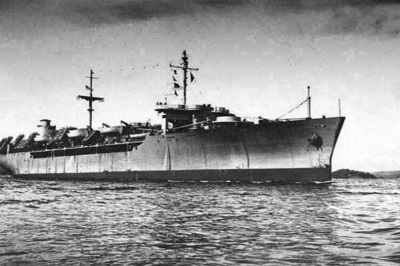 """Bí ẩn tàu """"ma"""" toàn bộ thủy thủ chết trong khiếp sợ tột độ - 1"""