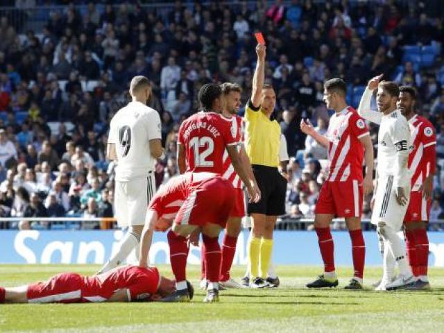 """Real Madrid thua sốc: """"Đại ca"""" Ramos lập 2 kỷ lục La Liga không mong muốn"""