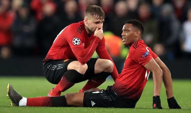 """MU đấu Liverpool: Solskjaer chọn ai giữa 2 """"chân gỗ"""" Sanchez - Lukaku? - 1"""