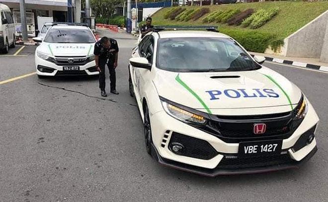 Cảnh sát Malaysia dùng Honda Civic Type R làm xe tuần tra - 1