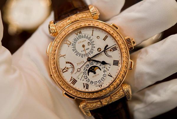 Clip: Cận cảnh chiếc đồng hồ 55 tỷ đồng có cấu tạo phức tạp nhất thế giới - 1