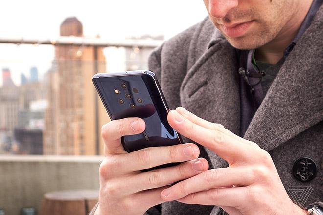 """Nokia 9 PureView với 5 camera """"bá đạo"""" phía sau, iPhone XS Max chưa là gì - 1"""