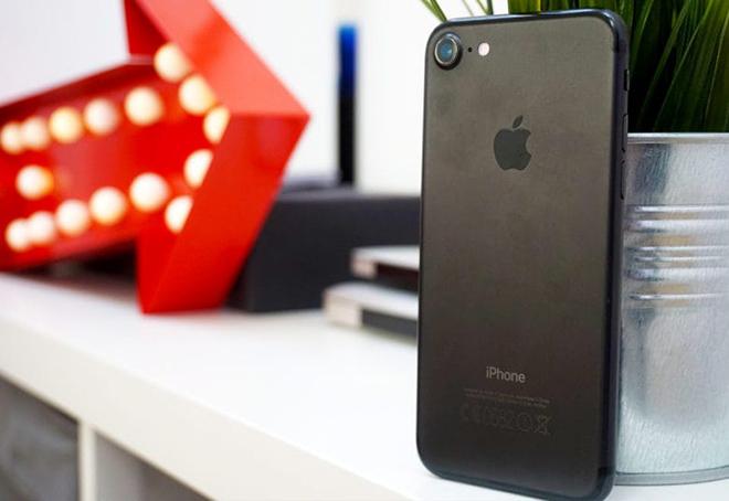 Apple Store đang bán iPhone tân trang với giá giảm đến 5,1 triệu đồng - 1