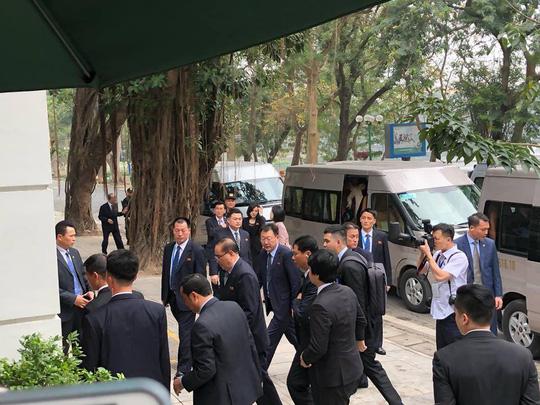 Đoàn Triều Tiên ăn trưa ở nhà hàng lọt tốp đẹp nhất Hà Nội - 1