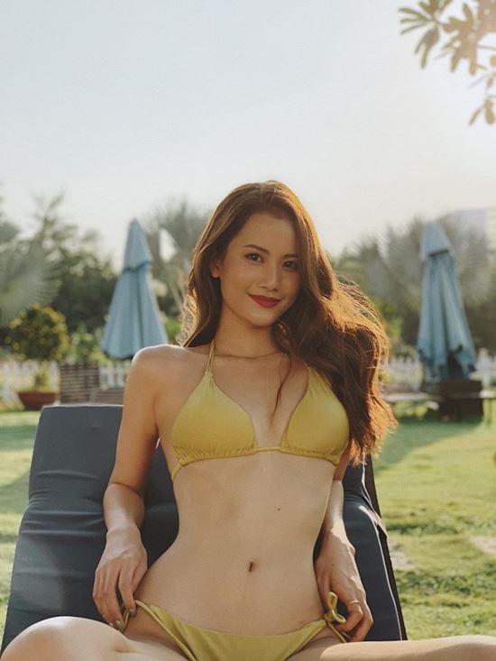 Thân hình đẹp như búp bê di động của người đẹp Sài Gòn - 1