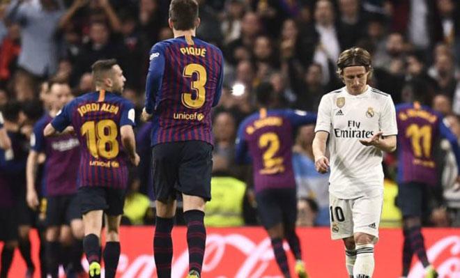 Real Madrid - Barcelona: Bernabeu run rẩy trước Messi - 1