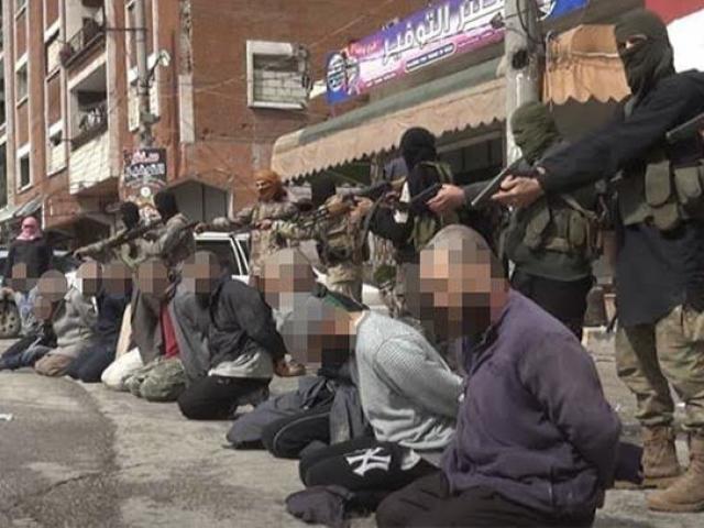 10 tay súng IS bị phiến quân đối địch hành quyết ở Syria