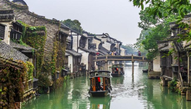 Ô Trấn, Trung Quốc: Đây là một trong 6 thị trấn cổ được kết nối với nhau bởi sông Dương Tử ở Trung Quốc.