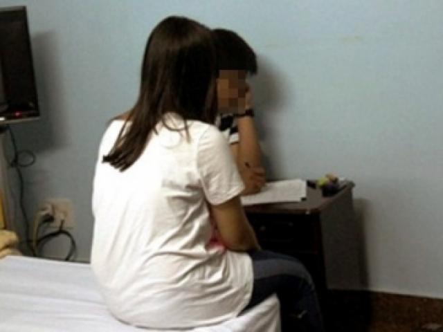 1552013472 594 155201324264262 thumbnail Vụ chồng tố vợ giáo viên ở Bình Thuận: Mẹ nam sinh bị mạo danh kêu oan