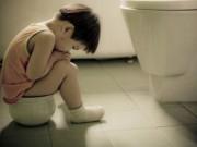 Tin tức sức khỏe - Táo bón đầu độc cơ thể trẻ nhiều hơn bạn nghĩ