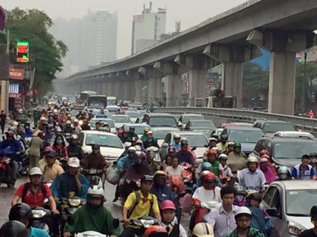 """Tiến sĩ Lương Hoài Nam: """"Việt Nam giờ mới tính việc cấm xe máy là hơi muộn"""""""