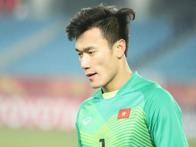 Vietnam U23 put up the morning on March 12: What does Goalkeeper Tien Dung say to the three juniors who compete in the match?