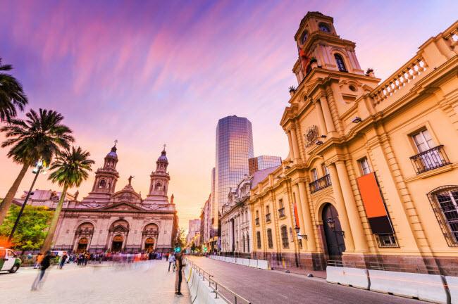 Chile: Nếu bạn là một doanh nhân, Chile có thể là điểm đến lý tưởng tiếp theo của bạn. Quốc gia Nam Mỹ này có những chương trình hỗ trợ khởi nghiệp lên tới 80.000 USD.