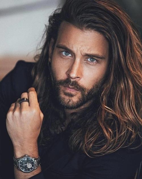 5 thói quen sai lầm khiến tóc đàn ông thô, khô, rối - 1