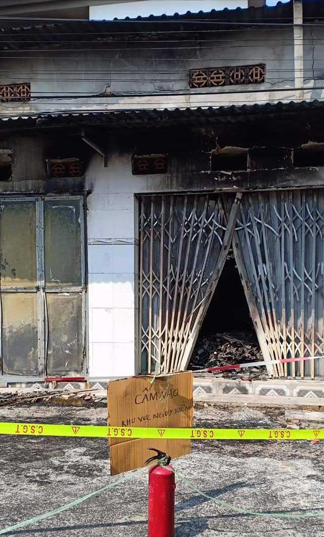 Bà Rịa-Vũng Tàu: Cháy tiệm sửa đồ điện tử, 3 người thiệt mạng - 1