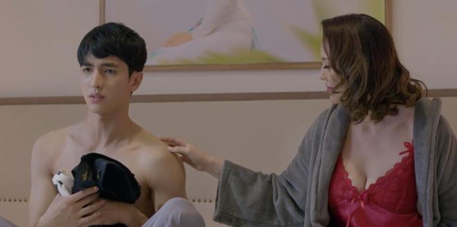 Nữ diễn viên Ngọc Crystal Eyes  hé lộ hậu trường phim giờ vàng - 1