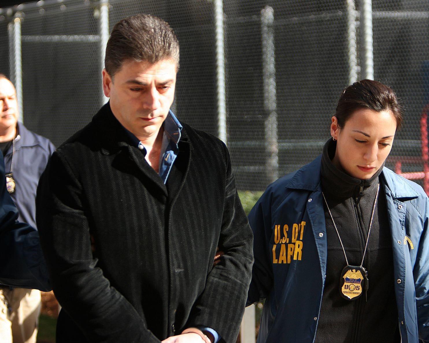 """""""Bố già"""" mafia Mỹ bị bắn chết: Thế giới ngầm đáng sợ ở New York - 1"""